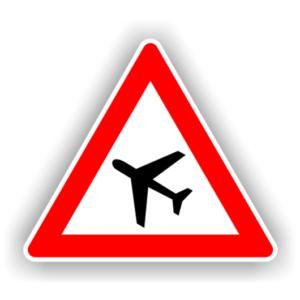 verkehrsschilder-flugbetrieb-aufstellung-rechts-1640